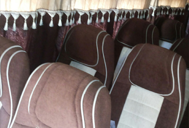 seater tempo traveller in rajkot