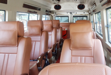 15 seater tempo traveller in gujarat
